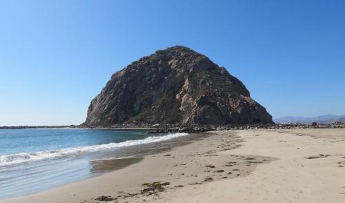 Morro Rock Morro Bay Sandspit hike Montaña de Oro