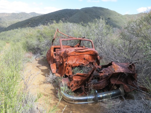 old car rusting jalopy wreck White Rock Trail hike Figueroa Mountain Los Padres National Forest